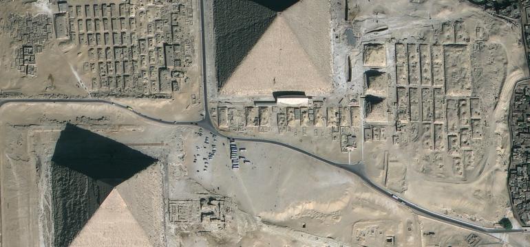 giza-pyramids-satalite