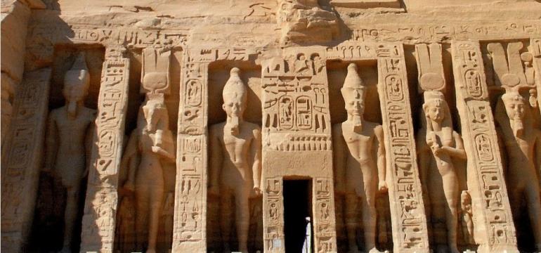 temple-nefertari